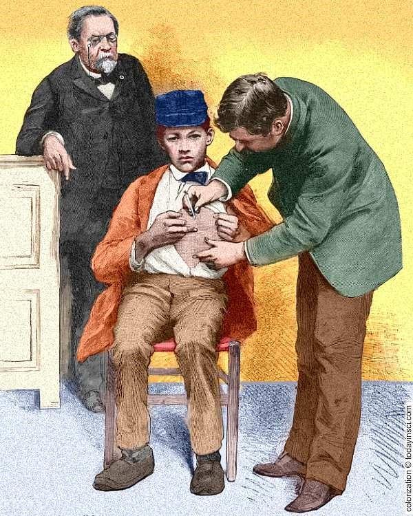پسری که به فرانسه فرستاده شد تا واکسن هاری که توسط پاستور تولید شده بود، دریافت کند.