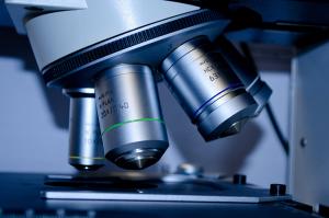 Microscope-ocular-lens